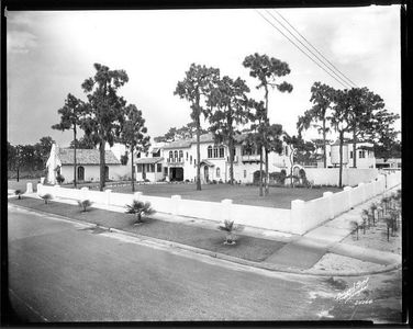 4024 W Bay to Bay Blvd Historical Black and White Photo of the front of home
