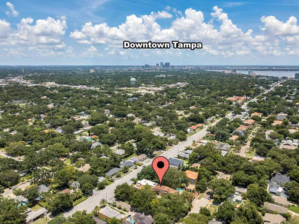 Ariel View From 4024 W Bay to Bay Tampa FL 33629 showing road, trees, and close proximity to downtown tampa