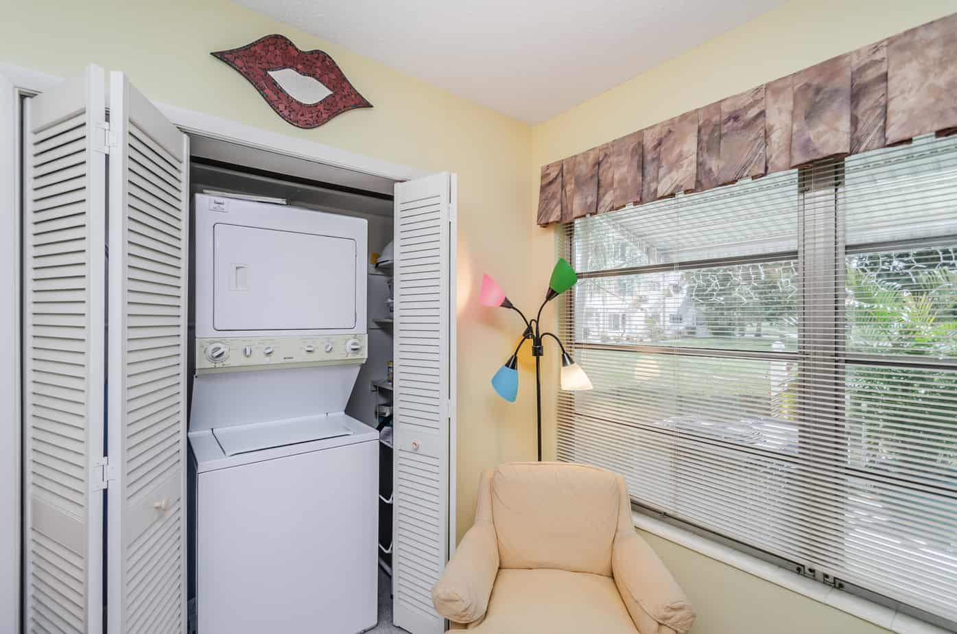 43-2285-Israeli-Dr-#17-Clearwater-Fl-33763-Laundry