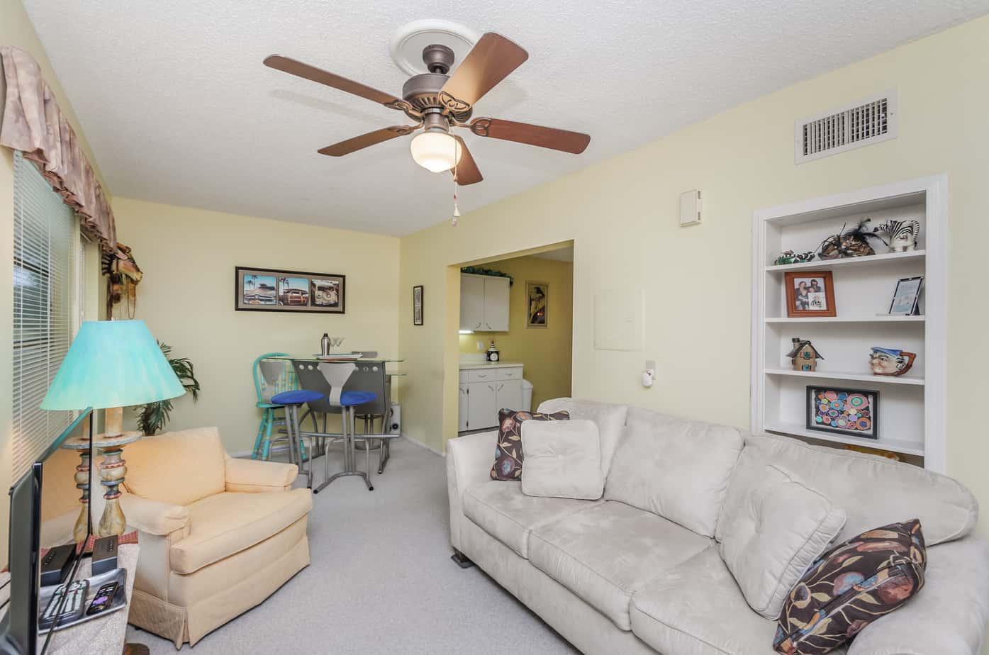 6-2285-Israeli-Dr-#17-Clearwater-Fl-33763-Family Room4